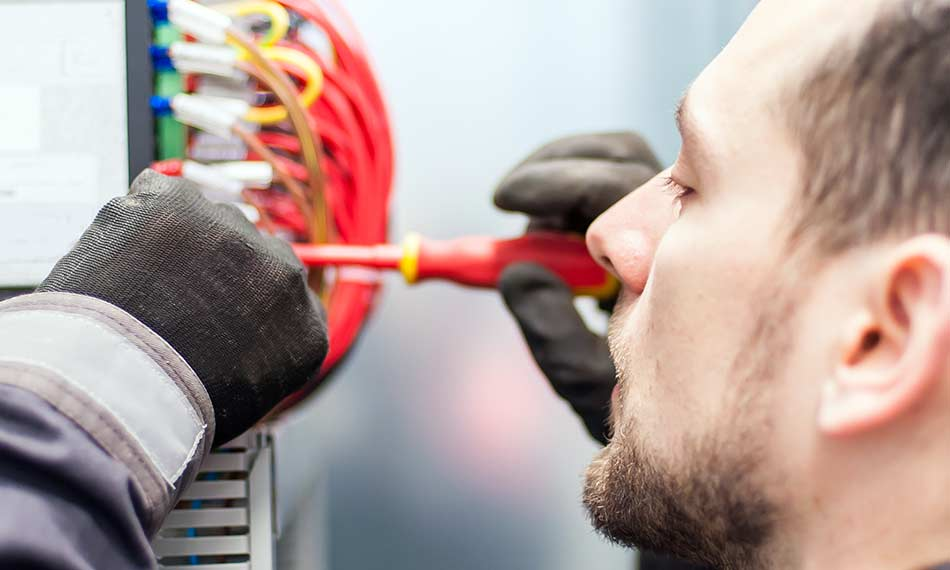 How to Choose Electrical Safety Gloves - Types, Classifications