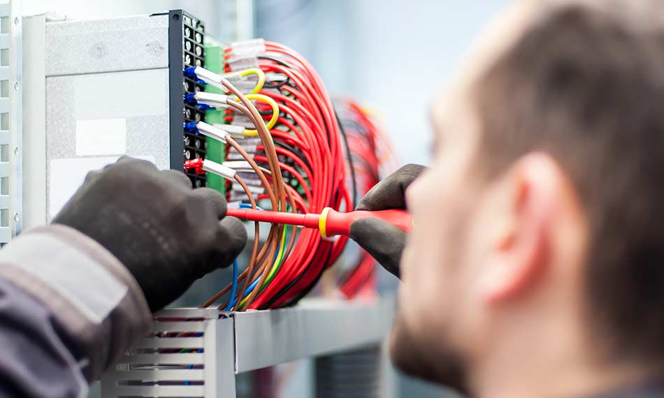 How to find a job as an electrician