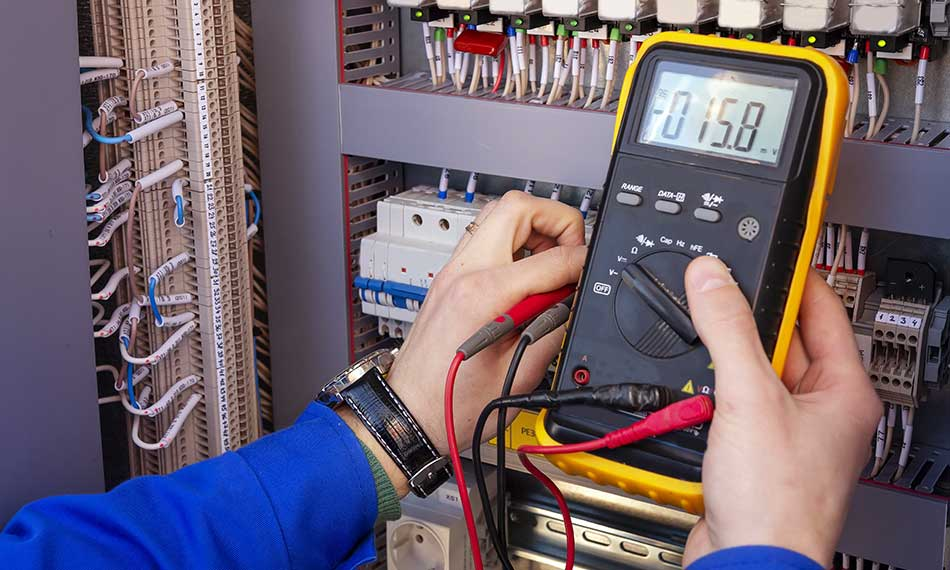 What is a journeyman electrician and what do they do?